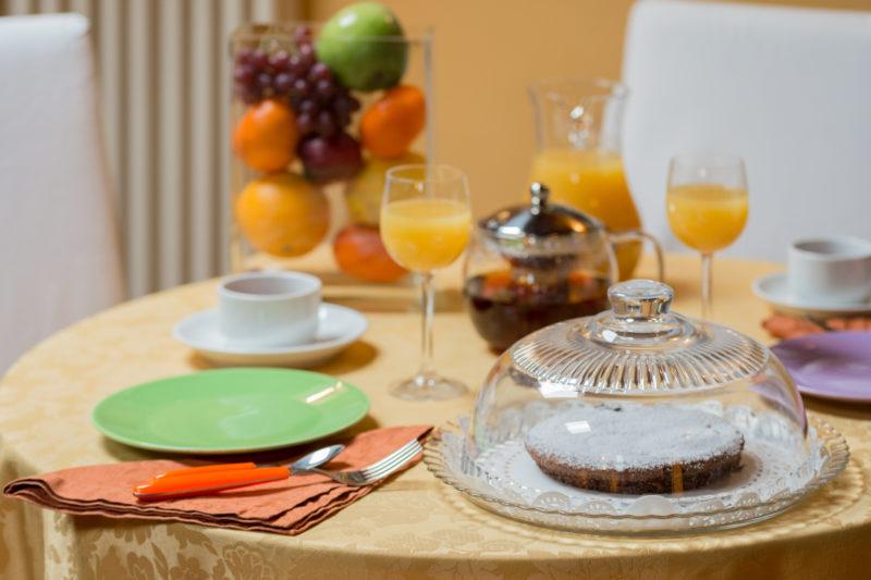 colazione in camera breakfast in room